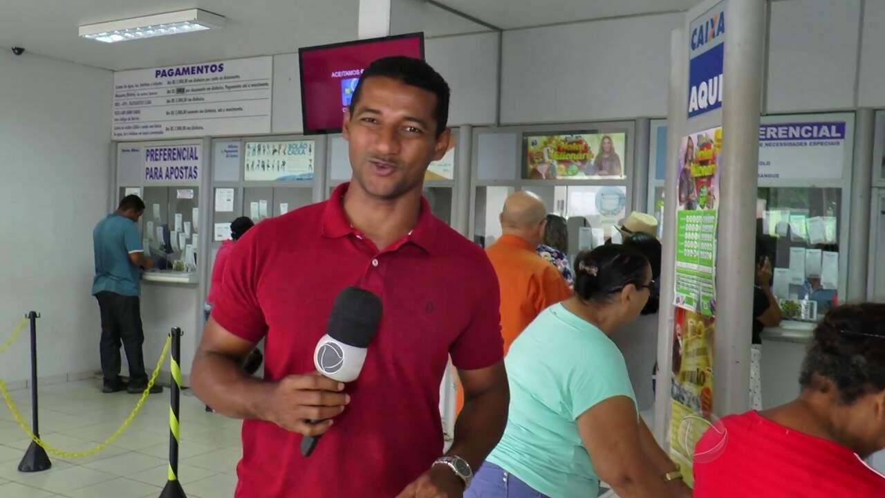 Mega-Sena pode pagar até R$ 15 milhões neste sábado