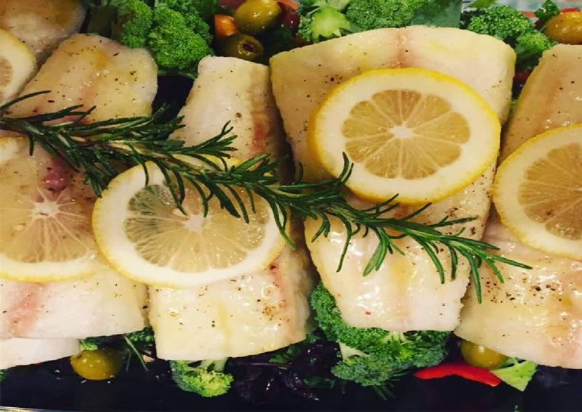 Bacalhau no forno: Clássico prato saboroso para dividir com a família (Foto: iStock)